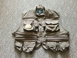Orvis Men's Cotton Blend Fly Fishing Vest Color Beige Sz XL Internal Suspenders