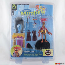 Muppets Palisades Vacation Pepe King Prawn ToyFare Exclusive red
