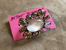 BETSEY JOHNSON LARGE MULTIPLE SHAPES CLEAR STONES RING