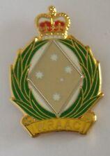 WOMENS ROYAL AUSTRALIAN ARMY CORPS WRAAC  LAPEL BADGE ENAMEL & GOLD PLATED 25MM