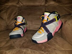 Nike Air Raid White/Pink Glow-Wolf Grey-Midnight Navy 644882-101 GS SIZE 7y
