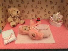 Chelles´s Miniature Scenes - Baby girl
