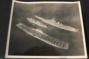 MILITARY SHIP PHOTO USS ANTIETAM (CV-36) 8' X 10' B & W PHOTO (PR434)
