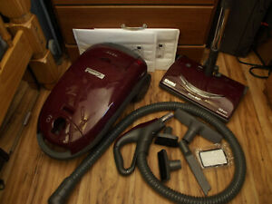 Kenmore HEPA Bagged Canister Vacuum Cleaner 23513