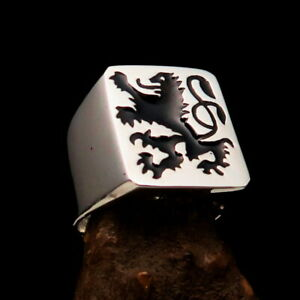 Perfectly crafted Men's Ring Black Scottish Rampant Lion - Sterling Silver