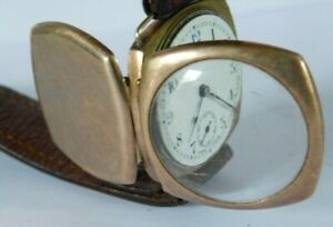 ANTIQUE 9ct GOLD GENTS TANK / CUSHION WATCH made by VISIBLE