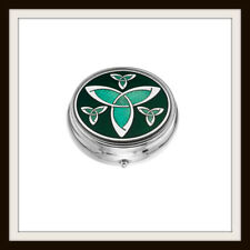 LARGE CELTIC KNOT GREEN ENAMEL 3 SECTION BOXED PILLBOX ~ FROM SEA GEMS