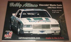 Bobby Allison Chevrolet Monte Carlo #88 Gatorade 1:24 stock car model kit
