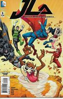 JUSTICE LEAGUE OF AMERICA #5  LOONEY TUNES VARIANT COVER DC COMICS BAG & BOARD