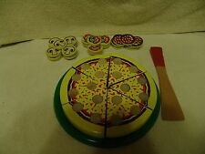 MELISSA & DOUG PIZZA PARTY SET WOODEN PLAY COOKING FOOD TOY