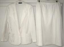 woman's beautiful vintage 2 piece white suit size large