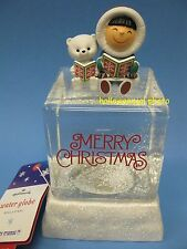 Hallmark FROSTY FRIENDS WATER SNOW GLOBE Merry Christmas NEW