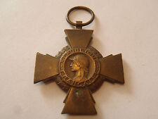croix du combattant 14/18 en bronze avec poinçon