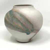 Signed Charles Focht Tucson Studio Southwest Pottery Vase Dun & Bradstreet 9/89