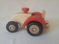 Ostheimer Traktor 5560040 Ostheimer Pferdehänger 5550836 mit roten Filz Fahrzeuge