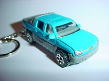 NEW 3D 2001 CHEVROLET AVALANCHE CUSTOM KEYCHAIN keyring KEY CHAIN chevy BLING