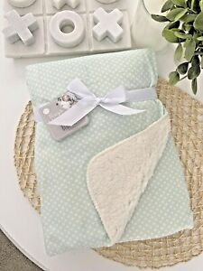 Baby Bub Nursery Blanket Mink Sherpa Cot Soft Pram Mint Green White Dots Soft