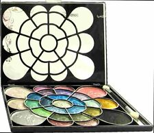La Femme 26 Colour Shimmer Eye Shadow Palette 01