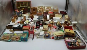 2 Box Job Lot Of 4.40 Kg Of Dolls House Accessories And Furniture