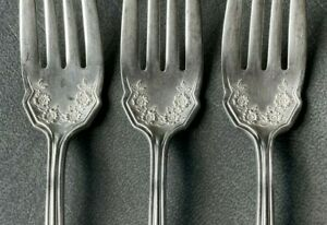 6 Wm Rogers & Son AA Salad Forks Flowers & 1 Wallace Extra Serving Fork