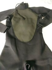 New Without Tags Adult Wetsuit, Neoprene/Nylon Size Large, Black/Gray