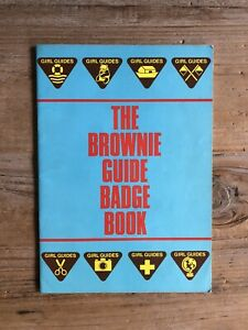 Vintage The Brownie Guide Badge Book from 1987