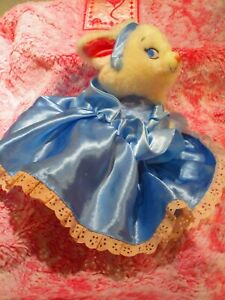 Disney Store CINDERELLA MARIE Cat From The Aristocats White Plush In Blue Satin