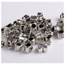 Fornituras de metal para pulseras europeas.