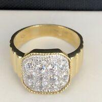 Stunning 18K Yellow Gold  Ladies Ring Size 7 3/4 W/White Sapphire