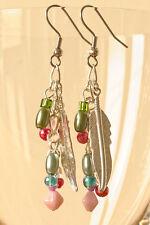 Exclusif, fait main boucles d'oreilles plaqué argent avec beaucoup de perles multicolores
