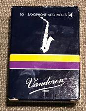 Vandoren Alto Saxophone Reeds SR214 Strength 4 Box of 9
