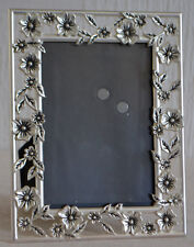 METAL PHOTO FRAME WITH A FLORAL DESIGN / TOP QUALITY / VGC