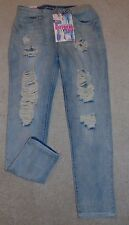 ~NWT Women's ALMOST FAMOUS Boyfriend Crop Jeans! Size 3 Nice FS:)~