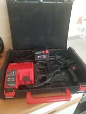 Milwaukee M12 / M18 Charger + 5.0 Ah battery + box fuel.