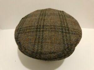 MEN'S SCOTTISH HARRIS TWEED PURE WOOL COUNTY TWEED FLAT CAP GREEN FLECKS GOLD