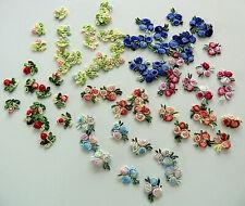 10 Mini Stickblumen 1cm 1,5cm gestickt Blüten Aufnäher Applikationen Puppenkleid