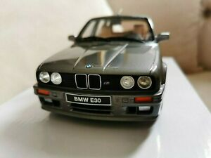 1:18 BMW E30 325I Touring 1991 Ottomobile OT929 Silver With BOX