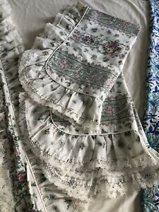 King.Duvet Cover 2 Matching Pillow Cases2  Pretty Lace Trim Satin Cream Pipped