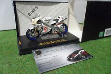 MOTO APRILIA RS3 MotoGP 2004 #99 J. McWILLIAMS au 1/24 IXO RAB079 miniature