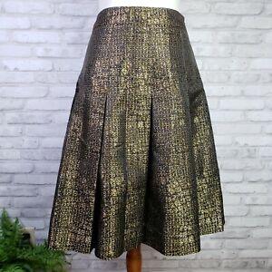 Carlisle size 6 A-line box pleated skirt copper gold brown black alligator print