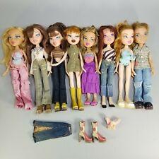 Lot of (8) 2001-2002 BRATZ First Edition Dolls With Clothes Meygan Yasmin Phoebe