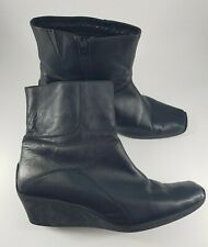 Size 7 (40) black leather side zip wedge heel ankle boots
