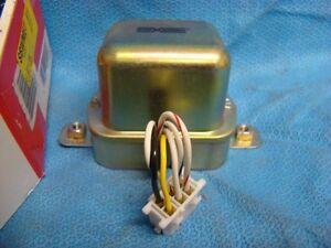 1975 1976 1977 1978 fits Nissan 610 B210 710 810 200SX Voltage Regulator