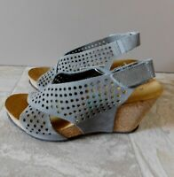 Italian A Giannetti Sandals Shoes Grey Suede Cork Wedge 8 Italy New