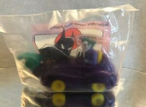 BATMAN ANIMATED SERIES 1993 THE JOKER CAR HAPPY MEAL TOY MINT IN BAG