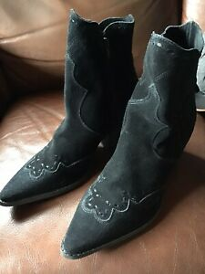 black suede ankle boots Matisse