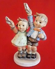 Hummel Auf Wiedersehen Goebel Boy & Girl waving Good-Bye TMK-3 The Stylized Bee