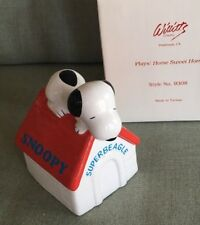 Vintage Peanuts Snoopy superbeagle on doghouse Music Box Willitts with org. box