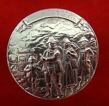 18th c. European Fine Silver Box - finely tooled chasing & repousse work & motto