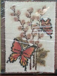 Vntg Bucilla Latch Hook Wall Hanging Rug Kit #12854 Pussy Willow & Butterflies